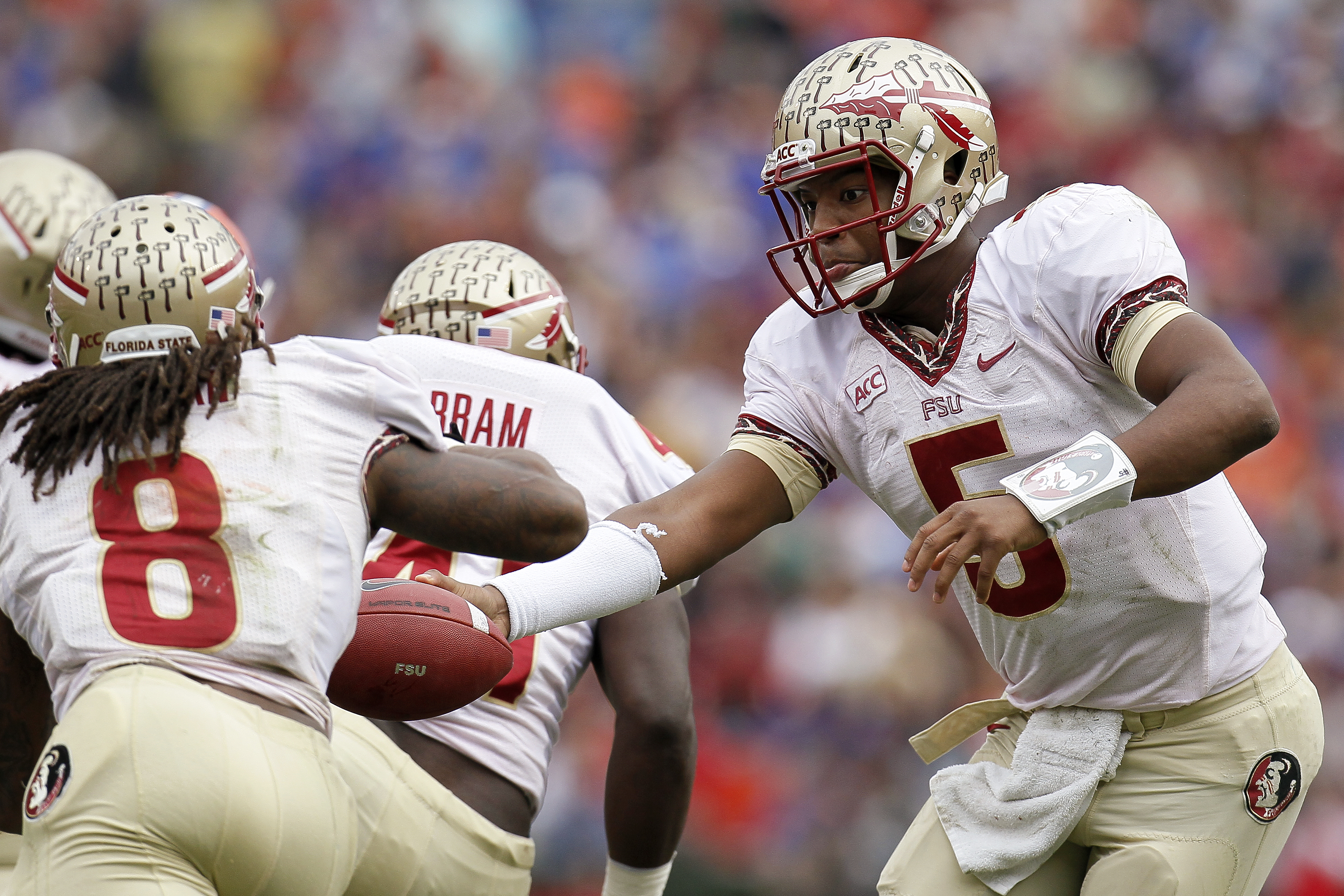 The top 25 teams in college football, re-ranked by fan